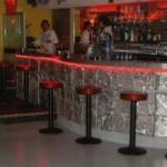 "Night-club ""Le Frigo"" (Toulouse, 31), comptoir compression aluminium"