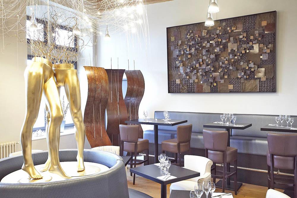 tableau en relief mannequins et paravents thierry rastier thierry rastier. Black Bedroom Furniture Sets. Home Design Ideas