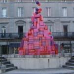 Décoration urbaine pour la fête des mères, Carcassonne (Aude, 11)