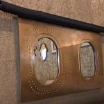 Miroir carlingue d'avion aluminium doré - restaurant Ségoufielle (32)