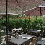 Terrasse restaurant, pare-soleil filet - Label Braise Ségoufielle (32)