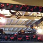 Miroir magistral (1,50mx3m) avec tubes de bambou laqués rouge